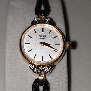 Pulsar Woman's Watch with diamonds